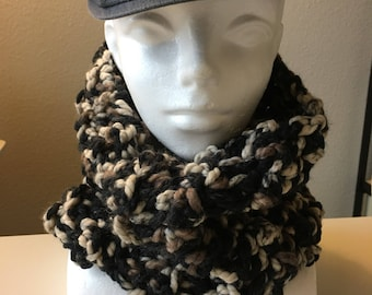 Men's Thick Wool Cowl (Black and Tan)