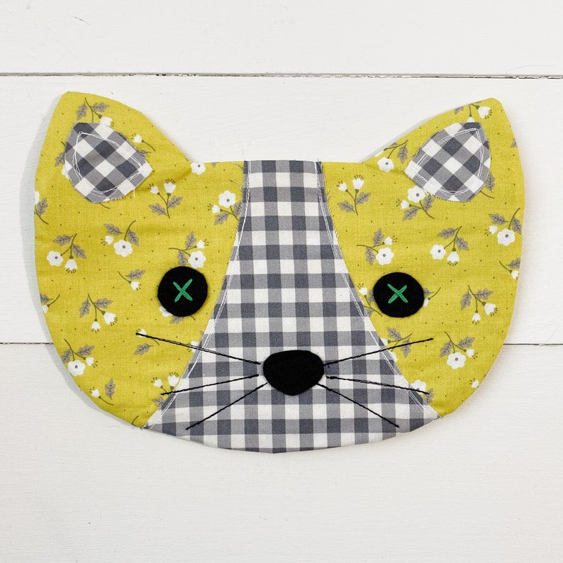 Cat Pouch  Betsy image 0