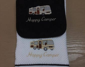 Happy Camper Embroidered Potholder/Towel Set Class A