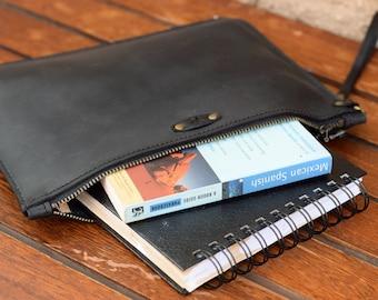 Small Leather Portfolio / Clutch / Handmade Man Pouch / Leather Pouch / Small Zipper Bag / Unisex / Zipper Clutch / Man Purse