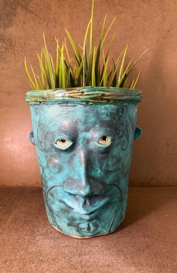 Face Planter - in Aqua