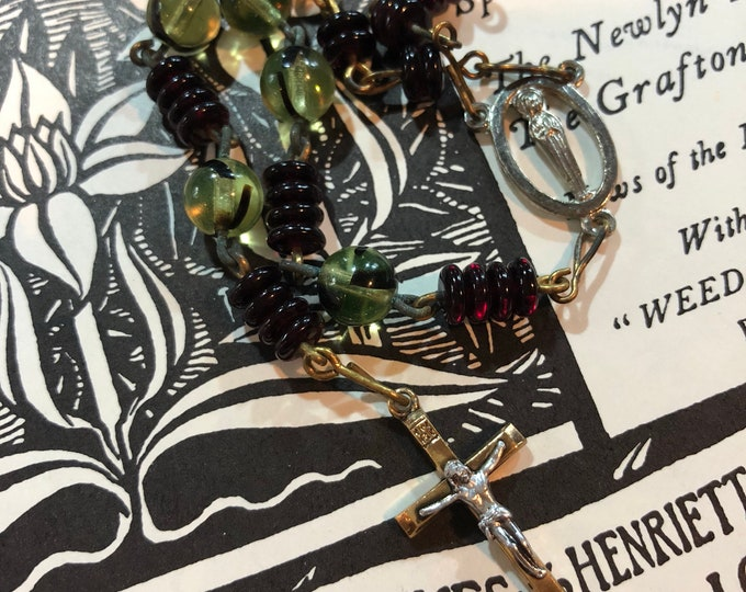 """VINTAGE LONGER ROSARY Marbled Glass Green & Yellow Beads Gold Metal Long Handmade Non-Traditional Old Rosaries Petite Metal Crucifix 47"""""""