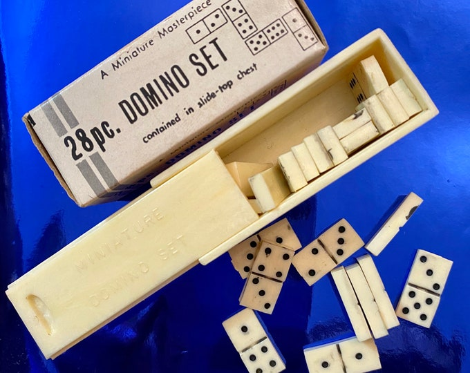 1bx VINTAGE TINY DOMINOES Miniature Domino Set Plastic Game Pieces Super Small Tiles In Sliding Box Shackman