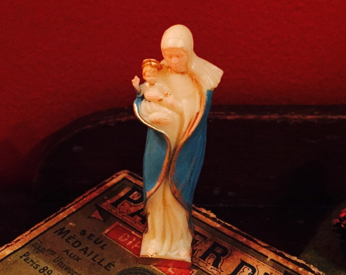 1pc RELIGIOUS SOUVENIR STATUE Vintage Our Lady of The Snows