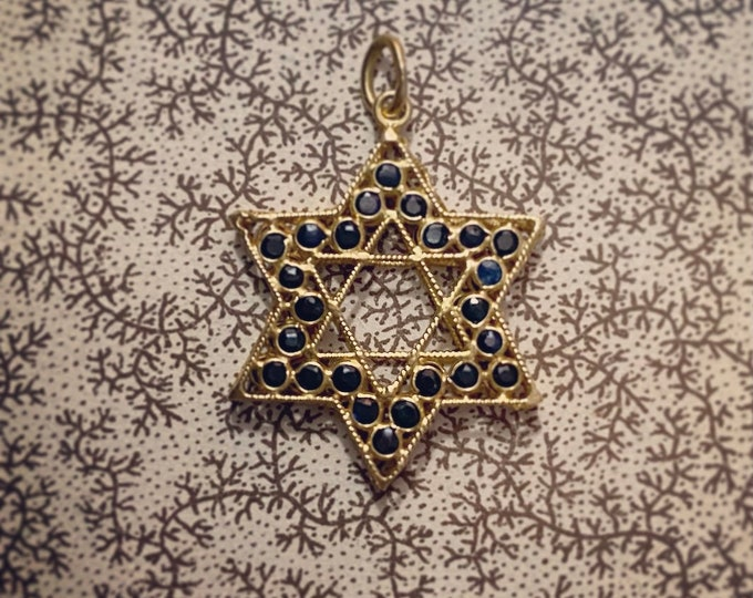 18K STAR OF DAVID Vintage Gold Milgrain 48 Tiny Faceted Sapphires Double Sided Charm Pendant Jewish Fine Jewelry
