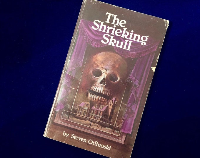 THE SHRIEKING SKULL Vintage Spooky Paperback Halloween Decor Paper Ephemera Great Cover 1988