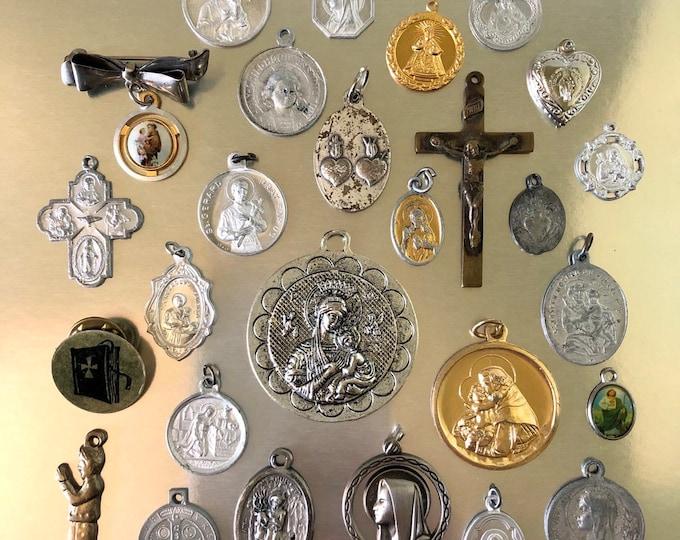 25pcs VINTAGE RELIGIOUS LOT Devotionals Religious Medallion Lourdes Catholic Gifts Old Medallions Crucifixes Vintage Religious Medals No. 9