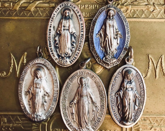 1pc VINTAGE MIRACULOUS MEDALLION 1940-1960s Miraculous Medal Old Religious Pendant Charm Jewelry Your Pick