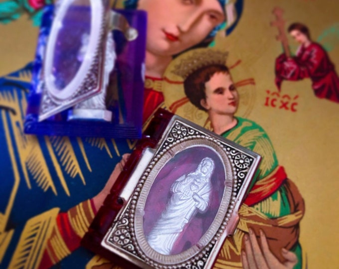 1pcs VINTAGE POCKET SHRINE Tiny Book Box Statue Vintage Pocket Statue Vintage Pocket Saint Vintage Miniature Saint Marked Germany U.S. Zone