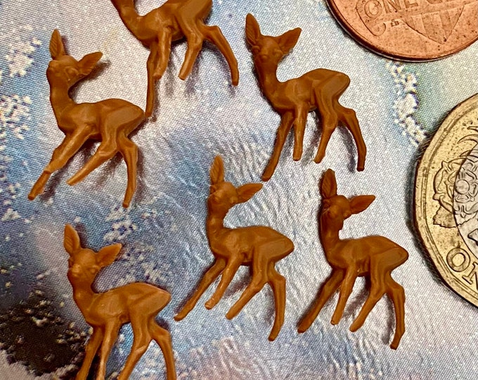 """6pcs TINIEST DEER MINIATURES 3/4"""" Super Tiny Absolutely Miniscule European Holiday Crafting Christmas Miniatures Lot"""