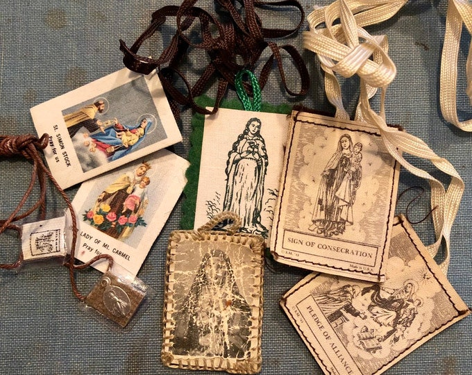 VINTAGE SCAPULARS LOT Old Religious Catholic Cloth Devotions Sacred Heart Sign of Consecration Pledge of Alliance Tiny Medal Various