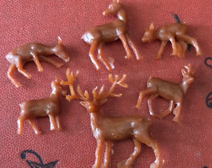 12pcs SUPER TINY DEER Vintage Miniature Snowglobe Ornament Terrarium Christmas Crafting Figurines Lot
