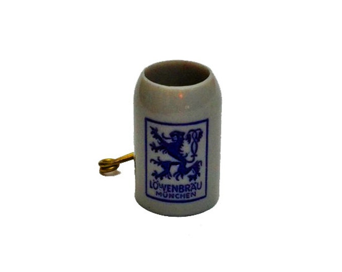 1pc VINTAGE LOWENBRAU PIN 1970s Tiny Mug Souvenir