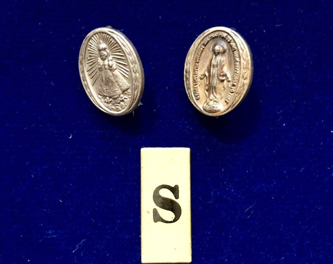2pcs VINTAGE RELIGIOUS PINS Little Silver Virgin Mary Miraculous & Infant of Prague Catholic Pin Lot S