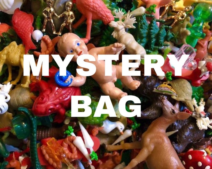 15pcs VINTAGE PLASTIC MINIATURES Euro Lucky Dip Old Stock Crafting Figurines Animals Tiny Plastic Toys Mixed Nature Minis Lot Mystery Bag