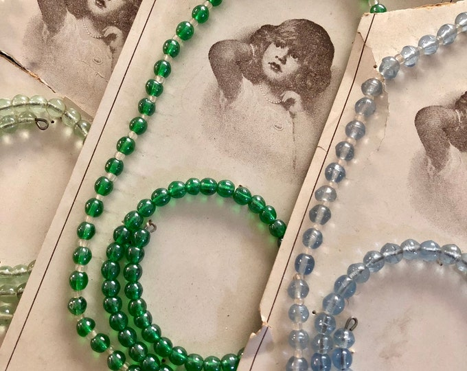 1pkg CZECH KIDDIE JEWLERY Antique Beaded Necklace & Bracelet Set Glass Bead Jewelry Vintage Toy Set Old Store Display Card Czecho-Slovakia