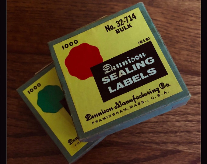 50pcs VINTAGE DENNISON SEALS Tiny Gummed Sealing Labels Stickers Authentic Ephemera Red Green Loose Bulk Seals