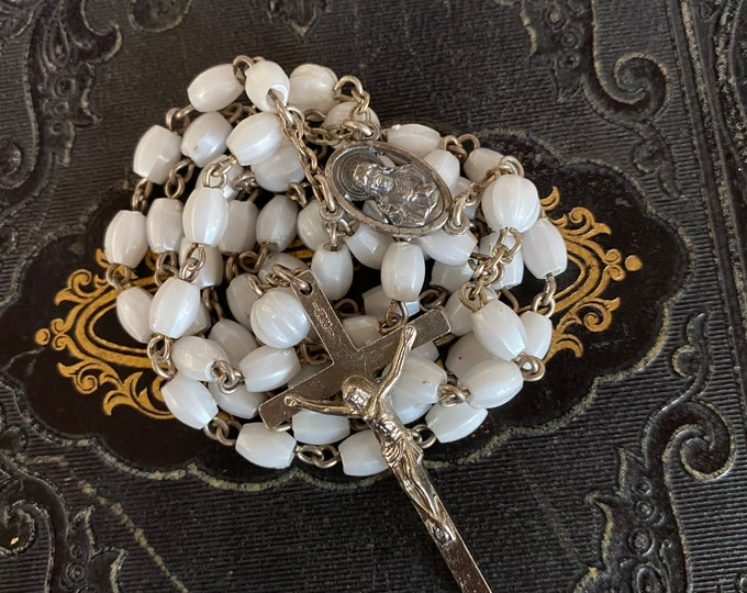 VINTAGE PEARL ROSARY Plastic Beads Catholic Communion Devotional Italy 20""