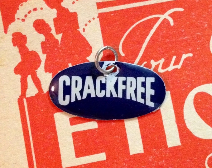 CRACKFREE ENAMEL CHARM 1960s Retro Dutch Promo