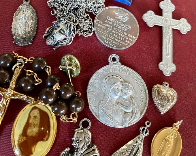 12pcs VINTAGE RELIGIOUS LOT Crosses Religious Medallion Book Mark Crucifixes Vintage Medals Padre Pio Guadalupe Catholic Gifts Lot F
