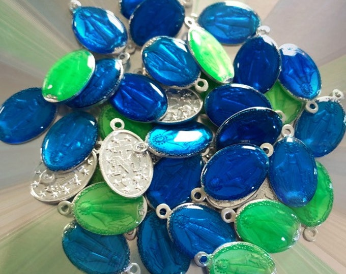 5pcs ENAMEL MIRACULOUS MEDALLIONS Bright Shiny Blue + Green Blessed Virgin Mary Charms Aluminum Modern Religious Medals Lot