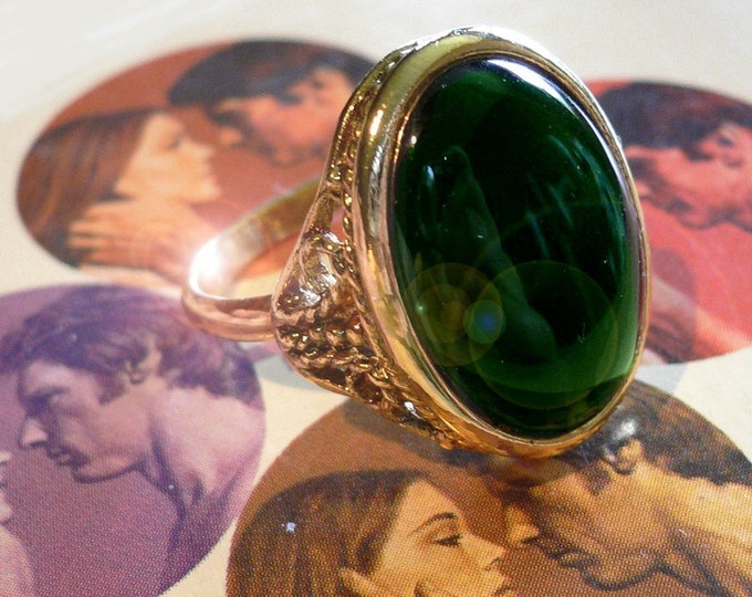 Vintage GOTHIC RING Adjustable Deep Emerald Glass