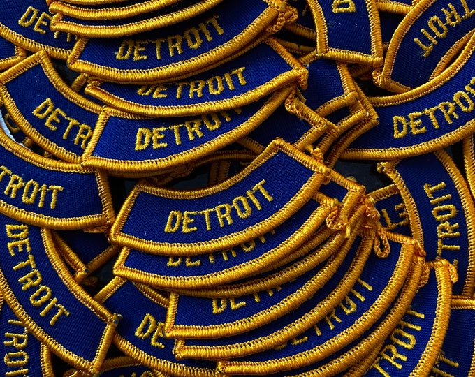 1pc VINTAGE DETROIT PATCH Retro Boy Scout Memorabilia Uniform City Embroidered Iron On Appliqué Club Fraternity Organization Michigan