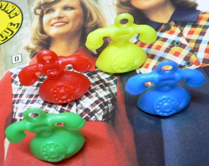 10pcs Vintage PLASTIC PHONE CHARMS 1970s Kitschy Jewelry