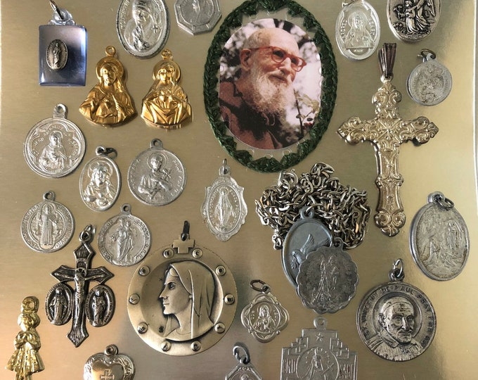 25pcs VINTAGE RELIGIOUS LOT Religious Medallion Crosses Father Solanus Medallions Crucifixes Vintage Catholic Gifts Religious Medals No. 3