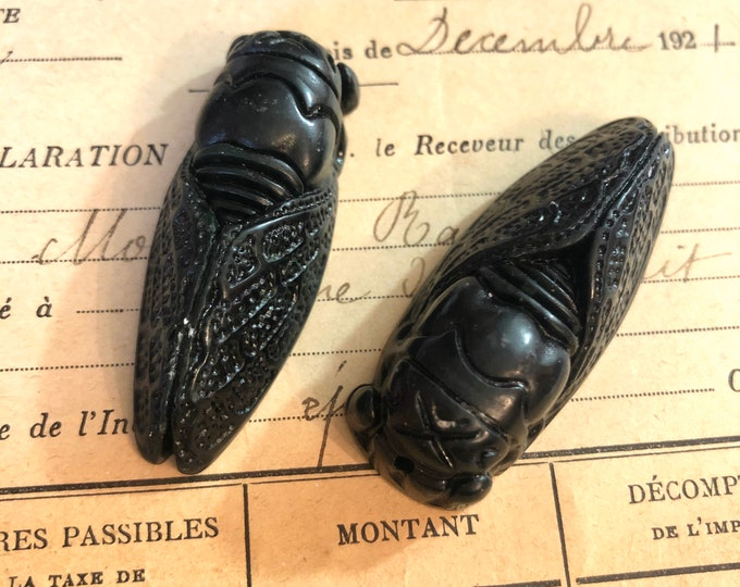 1pc CARVED STONE CICADA Intricately Detailed + Tumbled Black Jade Jewlery Pendant Charm Lucky Amulet