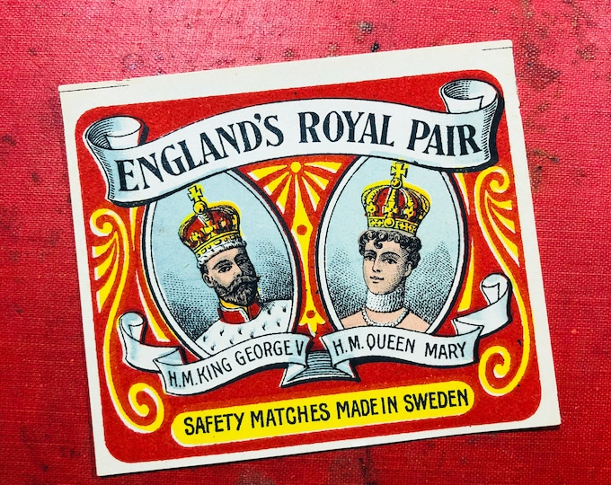 1pc EDWARDIAN ROYALTY SOUVENIR Antique Large Match Box Label King George V & Queen Mary England's Royal Pair