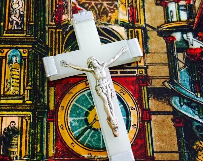 GLOWING ROSARY CRUCIFIX Vintage Religious Lourdes Souvenir