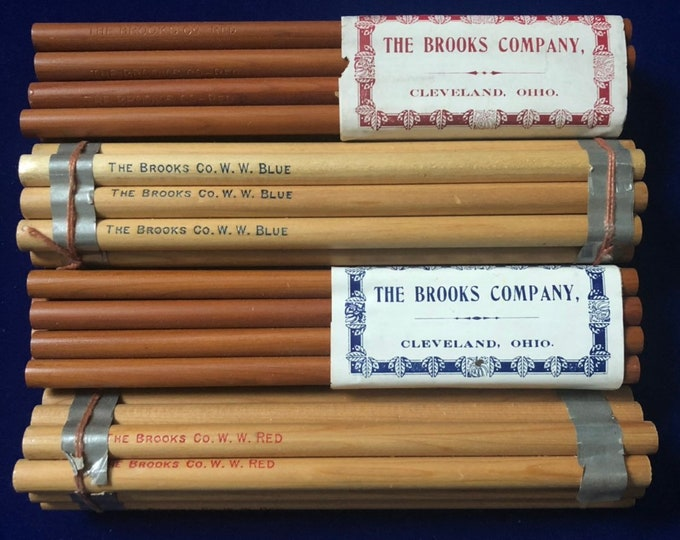 VINTAGE TEACHERS PENCILS Old Stock Colored Pencils Art Drawing Stationery Office Writing Supplies The Brooks Company Cleveland Ohio Red Blue