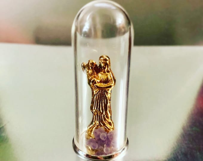 ANXIETY POCKET SHRINE Tiny Virgin Under Glass With Grape Agate Chalcedony Vintage Pocket Statue Shrine Our Lady Of France Notre Dame