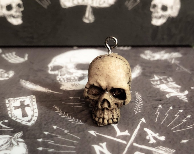 1pc TINY SKULL CHARM Realistic Miniature Skull Pendant Jewelry Halloween 3D Embellishment