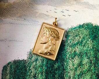 CROWN THORNS MEDAL Vintage Religious Jesus Golden