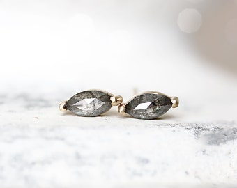 Eco Friendly Jewelry gold studs Recycled gold Stud Earrings Everyday Jewelry Stardust Earrings in 14k gold with diamonds diamond studs