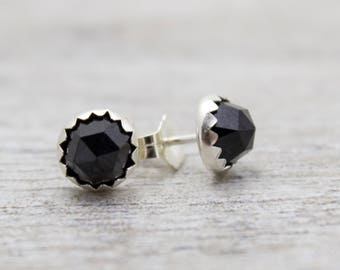 Black Spinel Gemstone Sud Earrings - Black Stone Earrings - Round Earrings - Black Stud Earrings - Gemstone Studs - Silver Studs