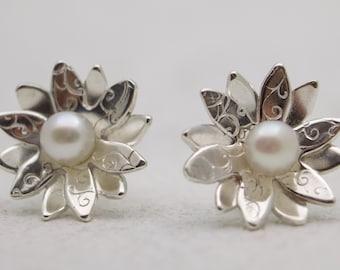 Sterling silver flower pearl stud earrings - Flower earrings - Flower Jewelry - Pearl Earrings - Flower Stud Earrings - Flower Post Earrings