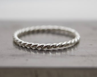 Sterling Silver Ring - Twisted Band - Twisted Ring - Wire Ring - Minimalist Ring - Simple Ring - Stacker Ring - Stackable Ring