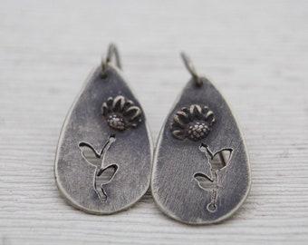 Sunflower Silhouette Earrings - Silver Flower Earrings - Sunflower Earrings - Oxidized Silver Floral Earrings - Flower Silhouette