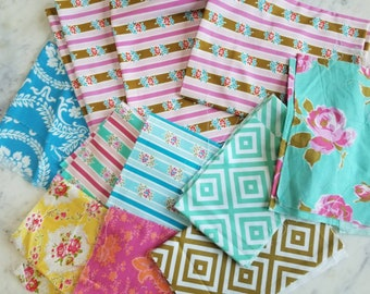 1 Pound 9 ounces Total Jennifer Paganelli Grab Bag Fabric Bundle, Hard to Find, Out of Print, Rare Quilting Cotton. Approx 4 yd Total