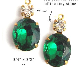 Emerald green vintage glass beads, 20x10mm multi stone settings with emerald green 12x10 ovals and 4mm tiny rhinestones, 2 pc