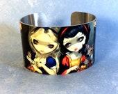 Alice and Snow White meta...