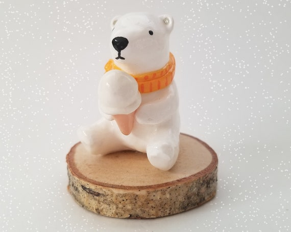 Polar Bear with Ice Cream Decoration