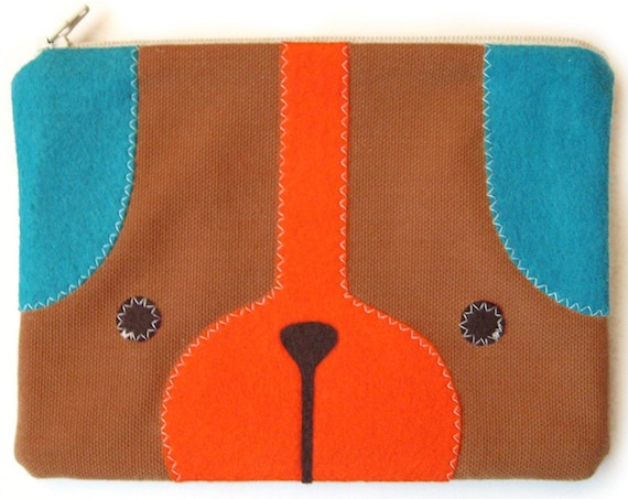Puppy Dog Zipper Pouch in Golden Brown