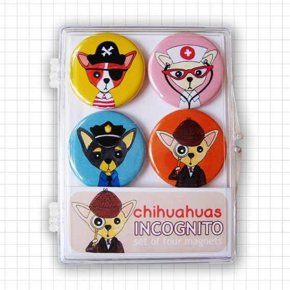 Chihuahuas Incognito Magnet Set