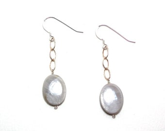 Perla - Mother of pearl earrings