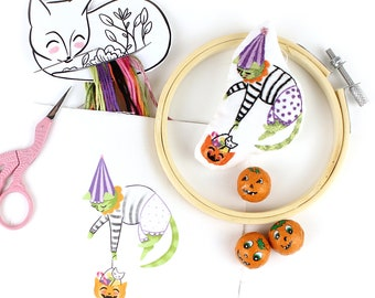 """Embroidery Kit - DIY Craft Tutorial Beginners Halloween Kitty Pumpkin Cat Mini Decoration 4"""" Hoop letterbox gifts sewing"""