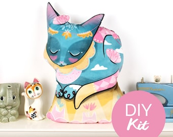 DIY KIT - Circus Cat cushion